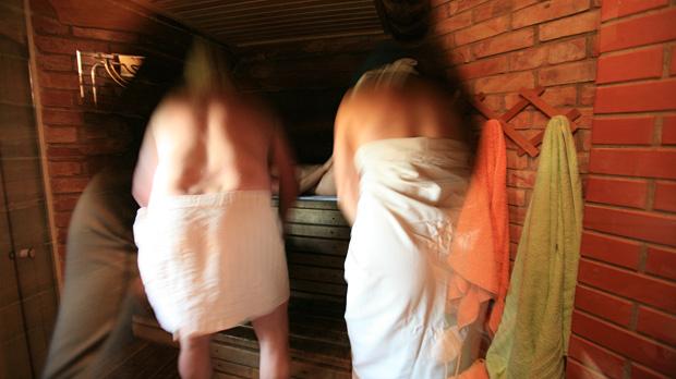 A sauna ritual at Ezermaļi